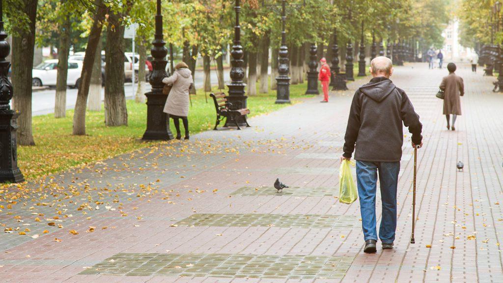 お父さんが一人で散歩
